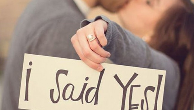 22 Creative Ways To Tell Everyone You're Getting Married